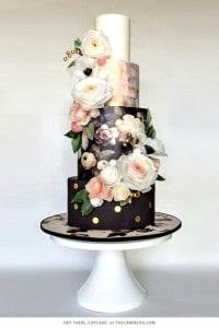 trendsetting wedding cake