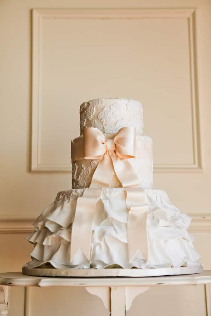 wedding dress cake