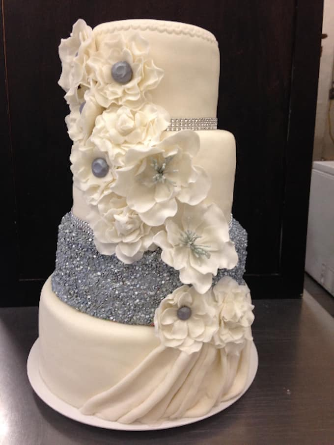 Amazing Wedding Cake Tutorials