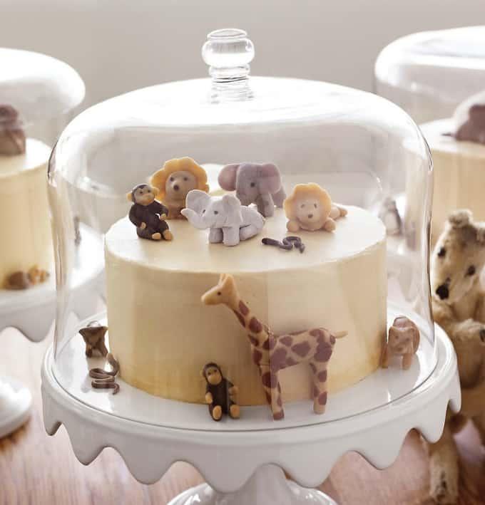 safari-inspired cake
