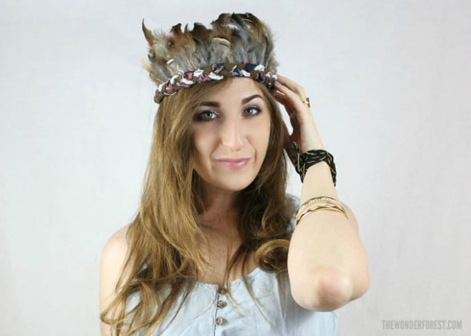 rock feather crown