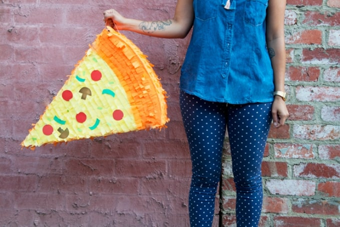 DIY pizza piñata