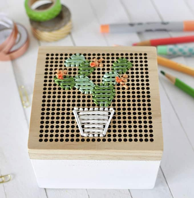 cacti embroidery box