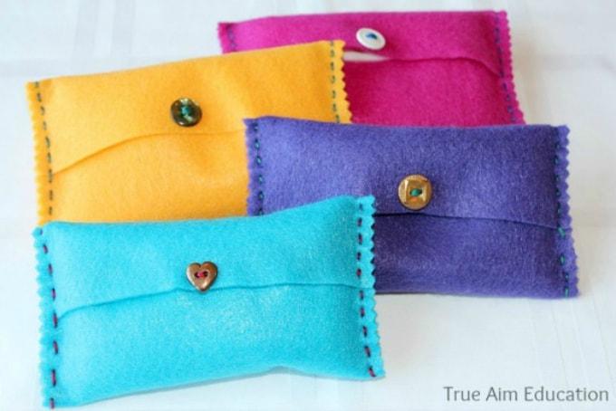 felt tissue pockets