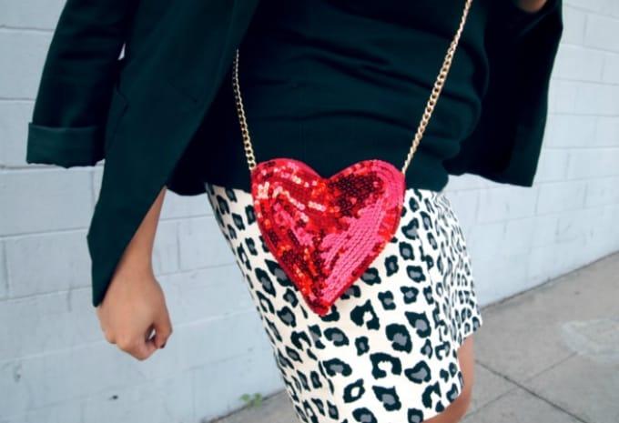 sequin heart shaped purse