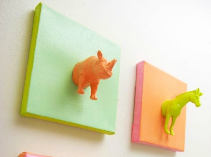 mini plastic horses
