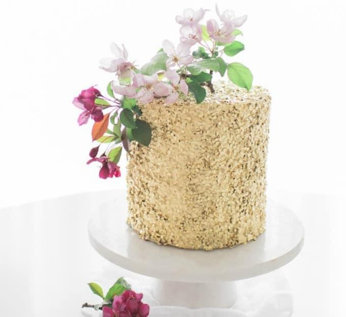 diy gold sequin cake