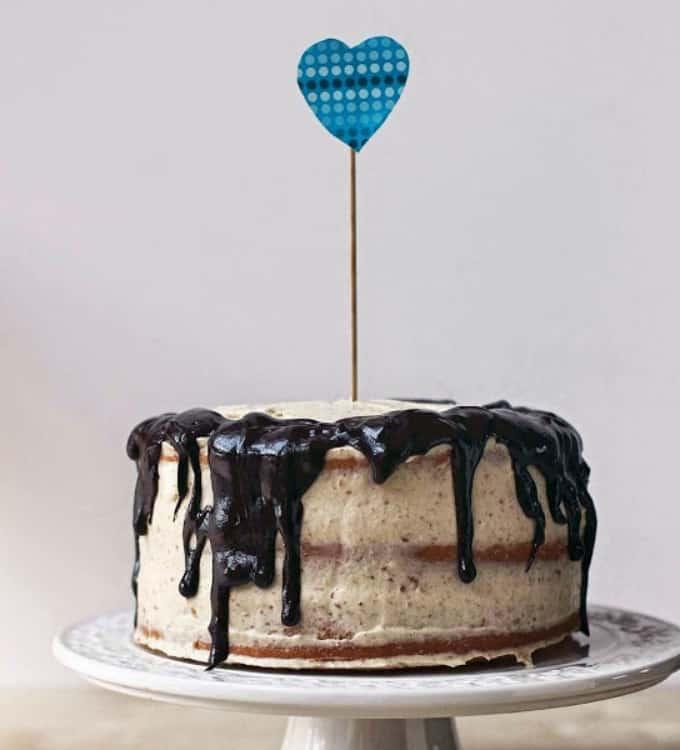 vanilla layer drip cake