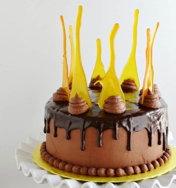 lemon chocolate drip cake