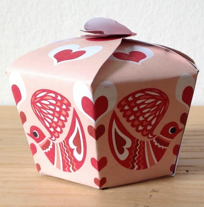 valentine paper box