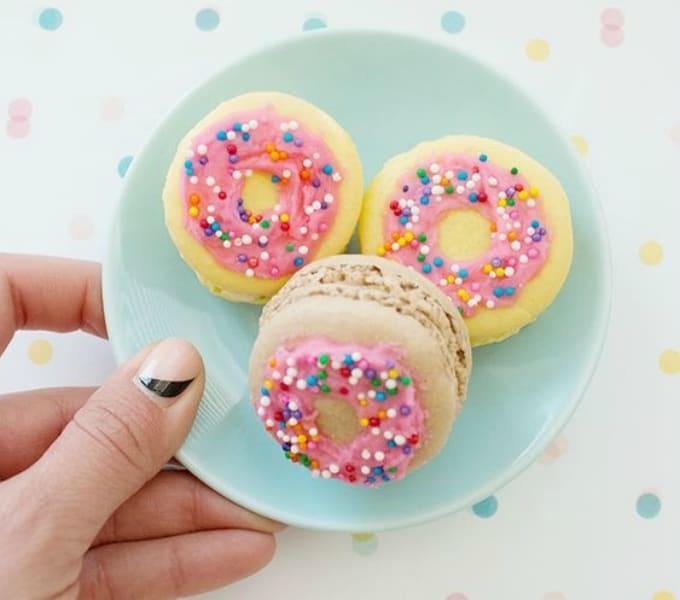 DIY donut macarons
