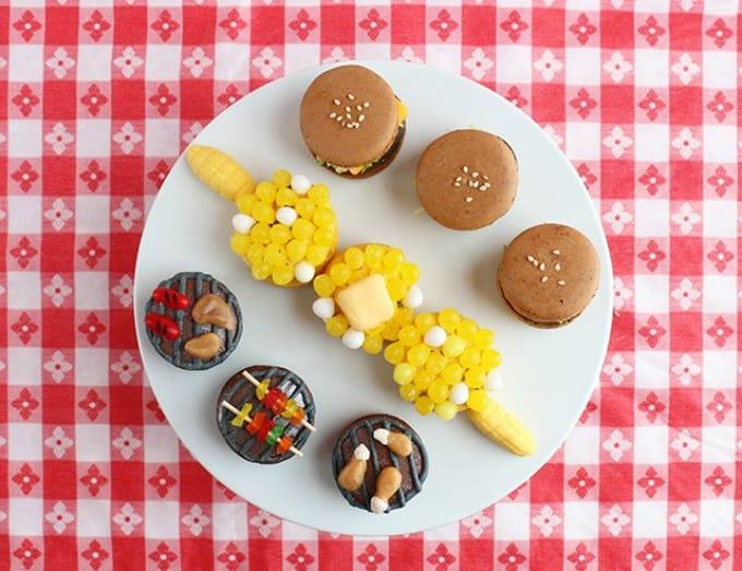 summer bbq macarons