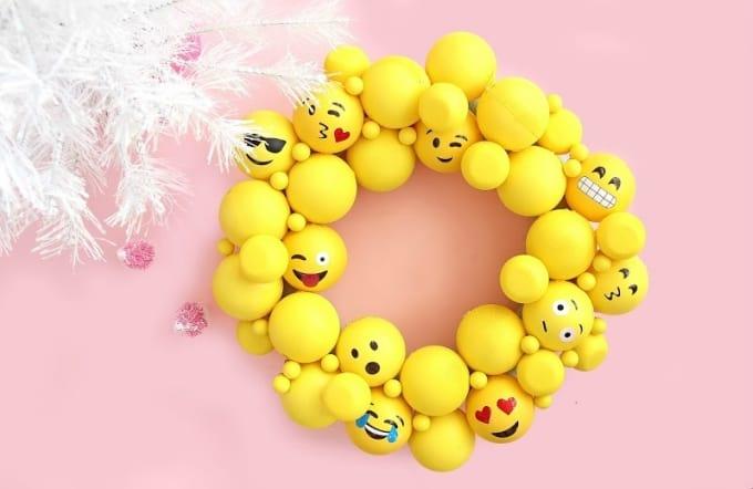 emoji ornament wreath