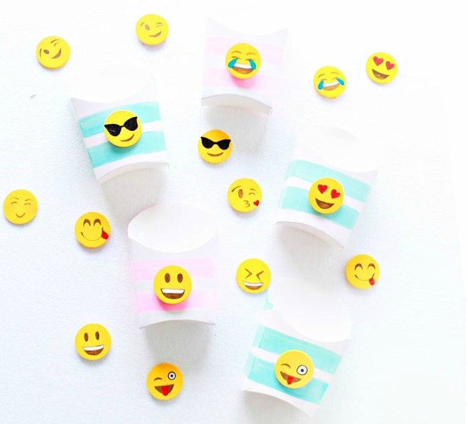 emoji snack boxes