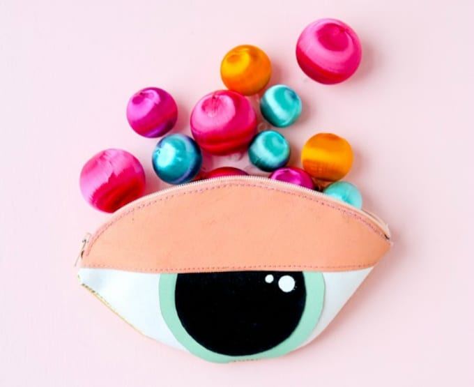 diy eye clutch