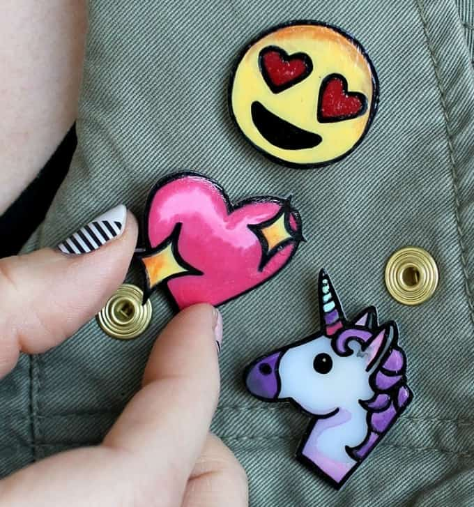 DIY emoji pins