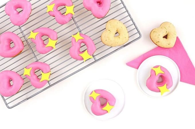 Emoji donut