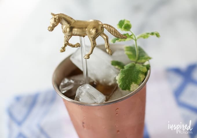 gold horse drink stirrers