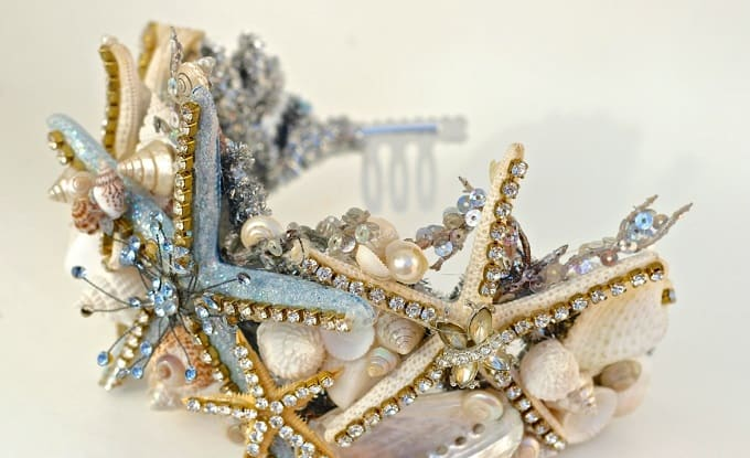 DIY Mermaid Tiara - Check out our list of 39 other DIY crown and tiaras that you can create for your next party | Coolcrafts.com