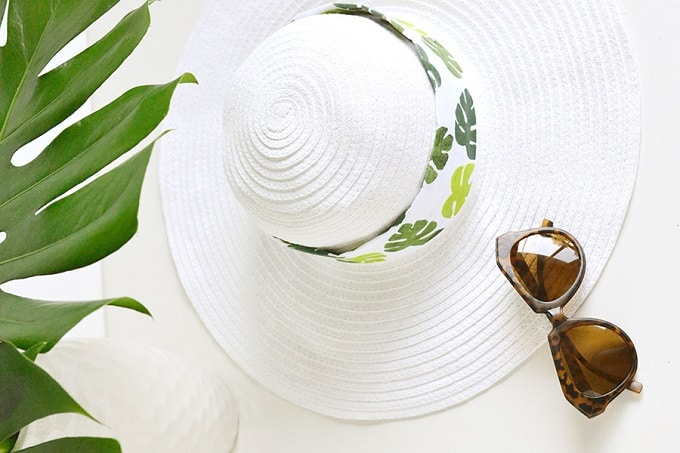 Tropical Leaf Hat Band - We compiled an eye-catching list of 30 DIY tropical leaf craft ideas for you try. | Coolcrafts.com