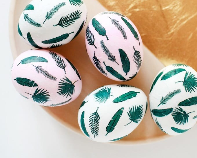 Tropical leaf Eggs - We compiled an eye-catching list of 30 DIY tropical leaf craft ideas for you try. | Coolcrafts.com