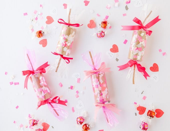 DIY confetti crackers