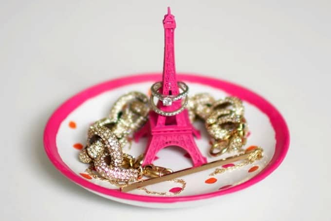 DIY Eiffel Tower ring holder