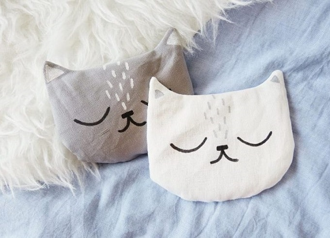 sleepy cat cushions