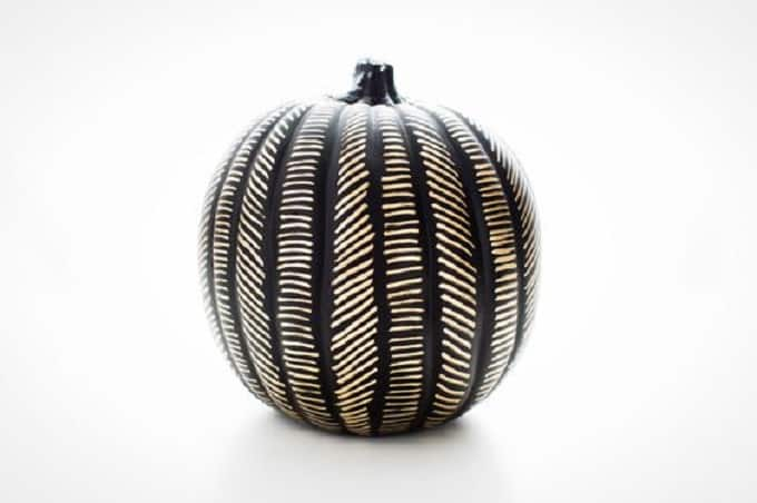 gold and black DIY painted pumpkin idea