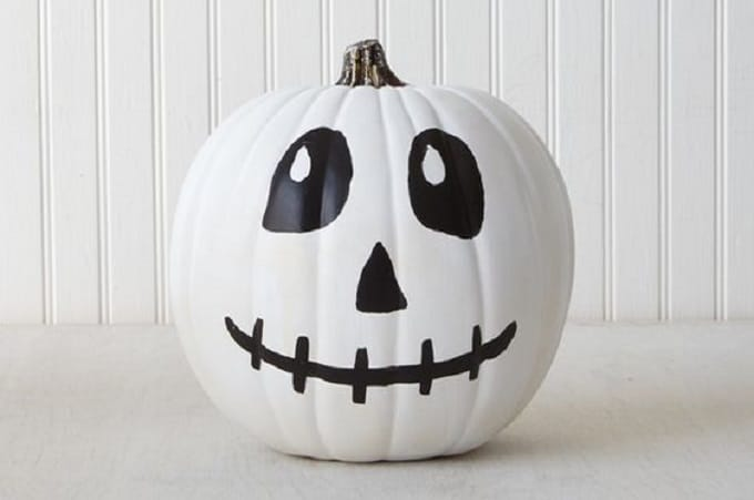 skeleton face pumpkin