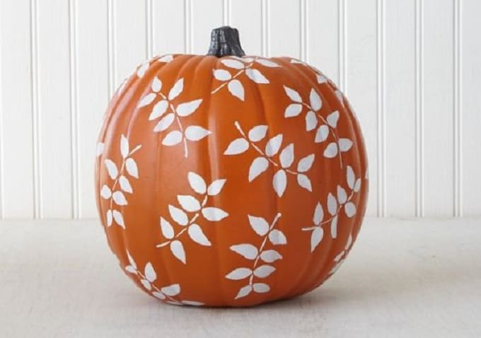 falling leaves pumpkin
