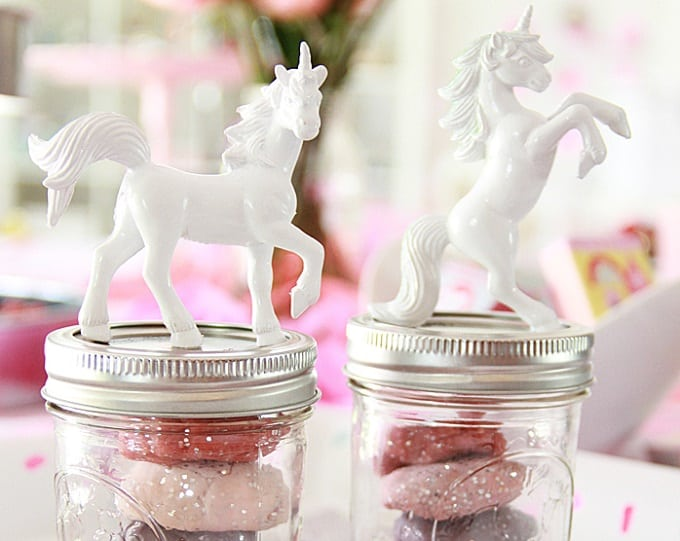 DIY unicorn party favor idea