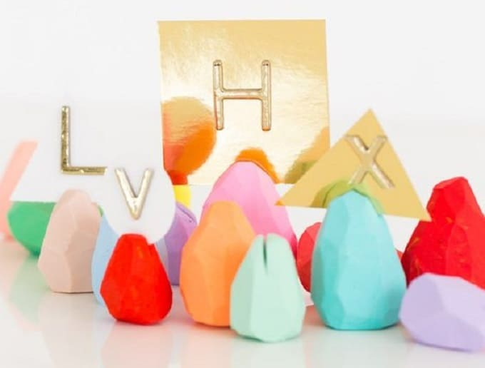 DIY egg photo holders