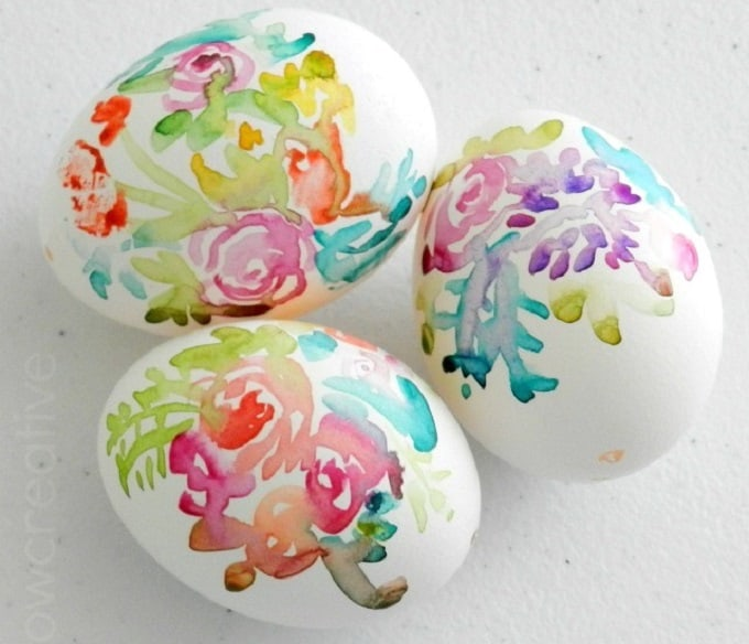 watercolor flower easter egg