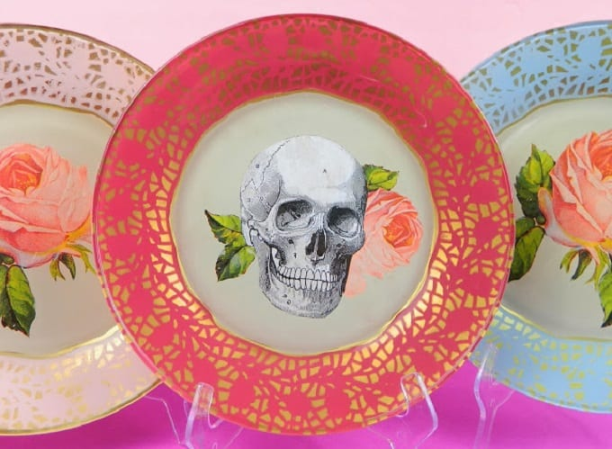 spooky inspired DIY plates