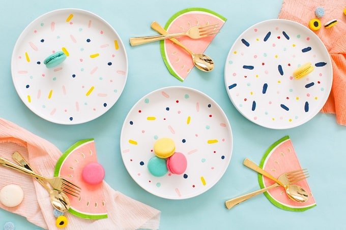 DIY confetti patterned dinner plates