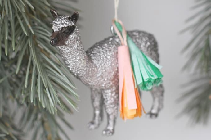 animal ornament tassels