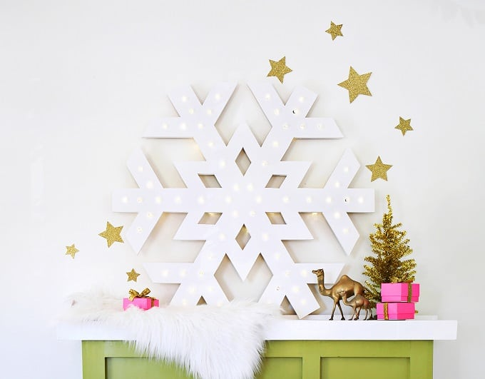 snowflake marquee light