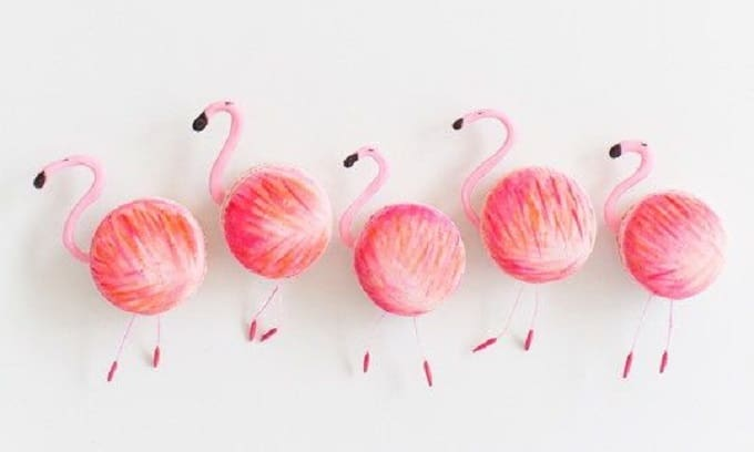 DIY flamingo macarons