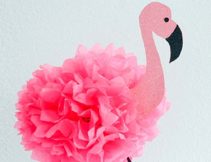 DIY flamingo inspired party décor