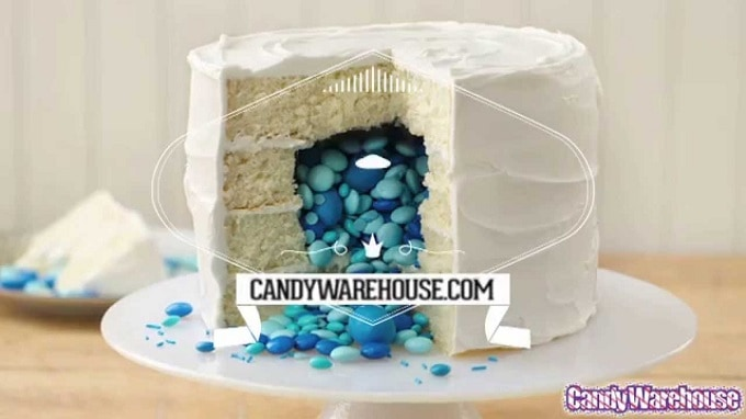 DIY gender reveal cake