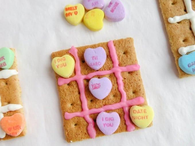 Valentine's Day tic tac toe snack