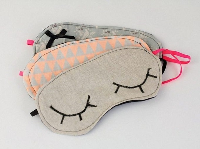 3 cool DIY sleep mask designs