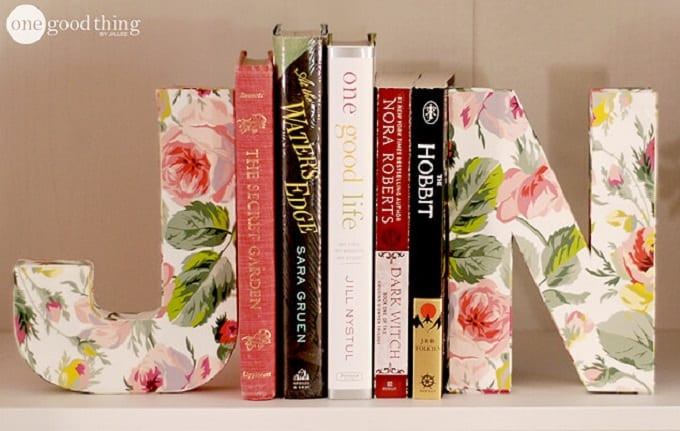 diy letter bookends