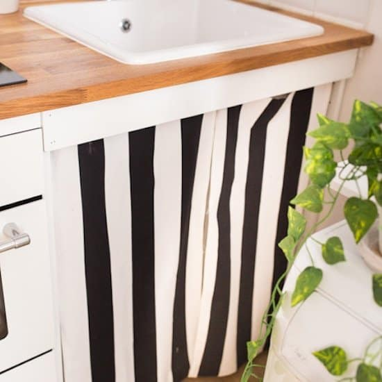 DIY Sink Curtains