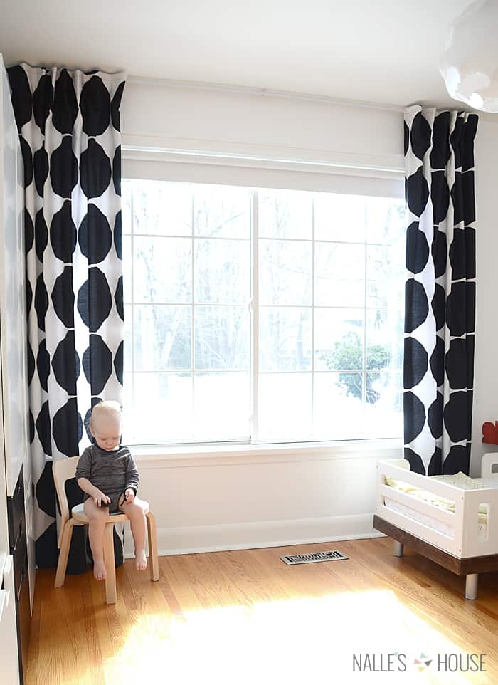 Make DIY Bed Sheet Curtains