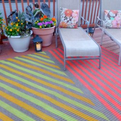 Insanely Awesome DIY Outdoor Rug