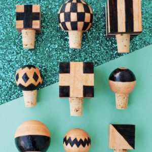 Use a wood burning tool to make these cute bottle stoppers!